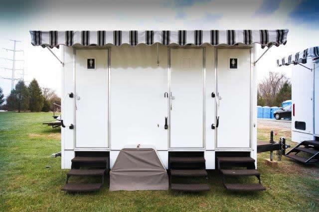 The 14u0027 Porta Lisa Portable Restroom Trailer