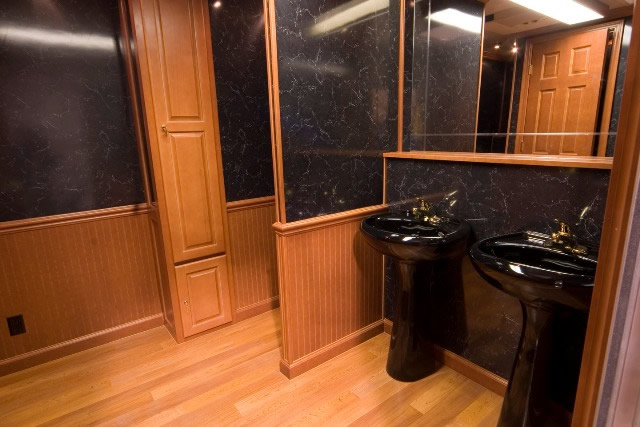 Products Gt The 18 Fantastic Portable Restroom Trailer